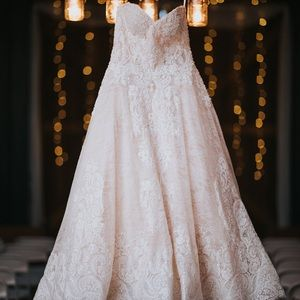 Lace and beaded Allure ball gown. No alterations.